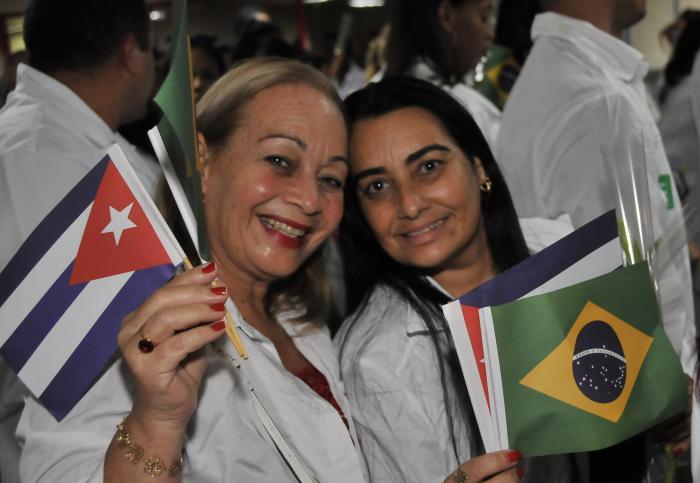Sindicalistas cubanos  reconocen labor de médicos en Brasil