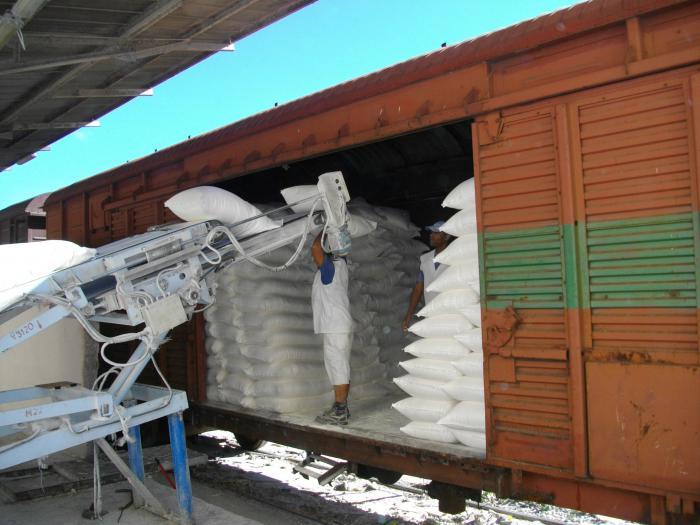 El Combinado de Cereales de Cienfuegos también contribuye al abastecimiento de harina a las cinco provincias del oriente del país.