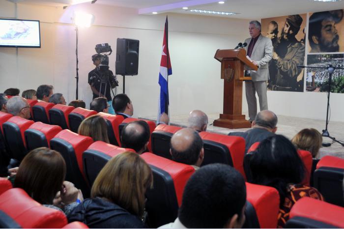 Destaca Díaz-Canel humanismo y solidaridad  de colaboración médica cubana
