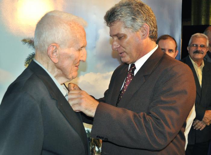 Honor a un ejemplar soldado de la Revolución cubana (+ Fotos)