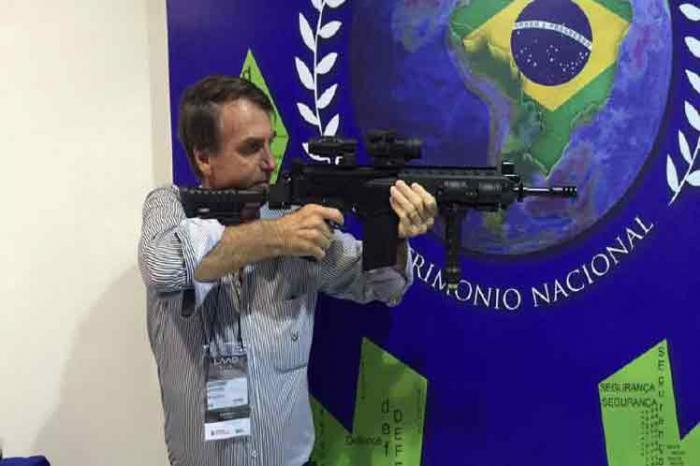 Firmará Presidente brasileño decreto sobre posesión de armas