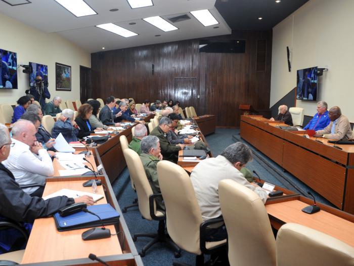 Diaz Canel y consejo de ministros