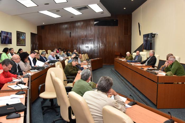 Llama Díaz-Canel a acortar el tiempo de la recuperación en la capital