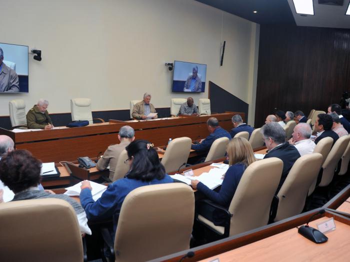 Continúa Consejo de Ministros viabilizando la recuperación de La Habana