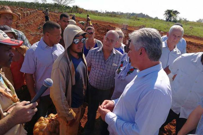 Cuban President heads governmental visit to Mayabeque province