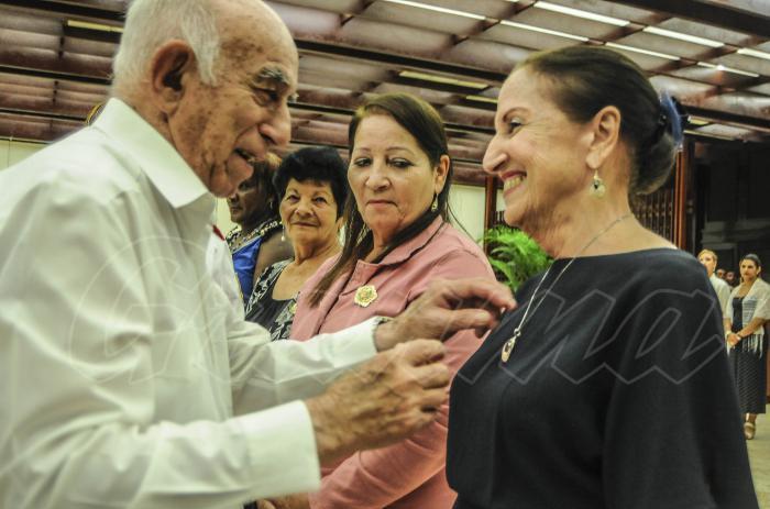José Ramón Machado Ventura, Segundo Secretario del Comité Central del Partido Comunista de Cuba, presidió la ceremonia de condecoración. Foto: Dunia Álvarez Palacios
