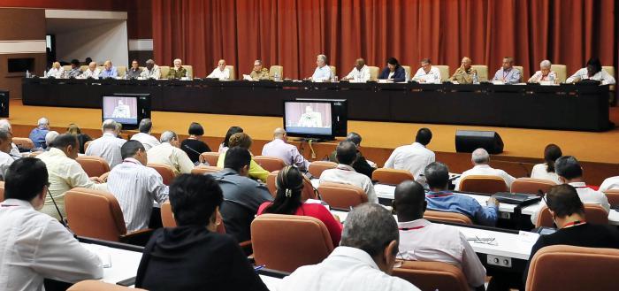 Como una gran reunión, por los temas de vital importancia que en ella se trataron, calificó Raúl las jornadas desarrolladas en la Escuela Superior del Partido Ñico López y el Palacio de Convenciones.