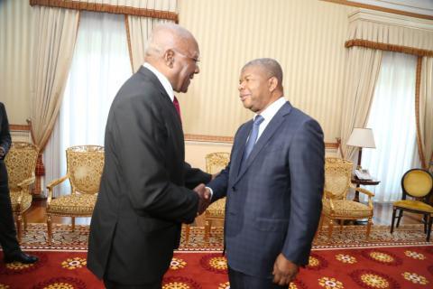 Presidente de Angola recibe a Salvador Valdés Mesa (+ Fotos)