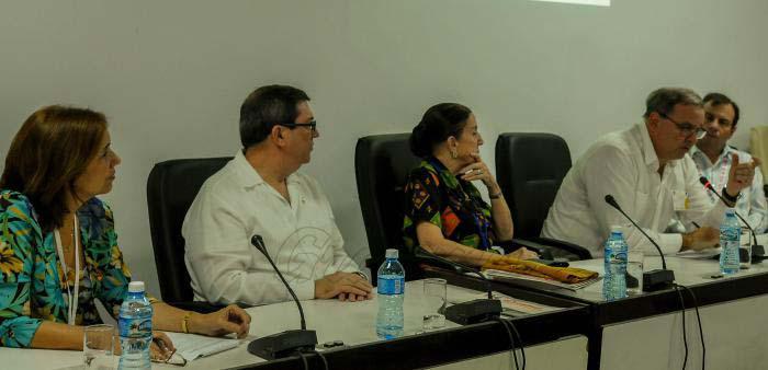 Diputados cubanos condenan injerencismo de EE.UU. en Venezuela y encarcelamiento de Lula