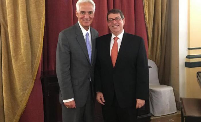 Recibe el canciller Bruno Rodríguez al congresista estadounidense Charlie Crist