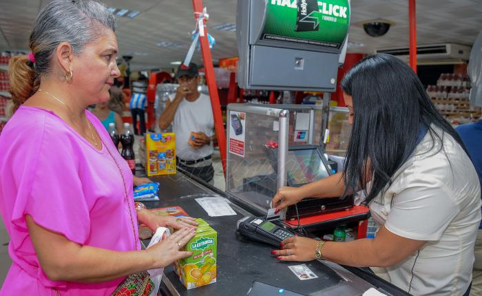 Recorrido por tiendas y mercados para comprobar el uso del POS en las mismas