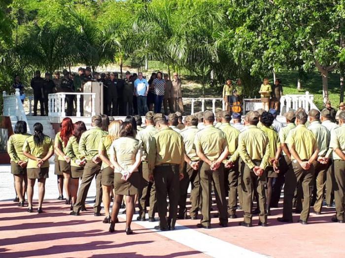 Acto en Santiago de Cuba por el aniversario 58 del Minint.