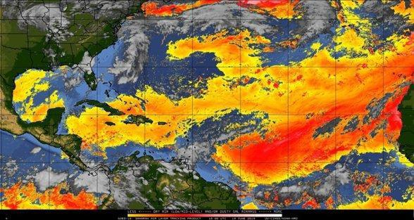 Nubes de polvo del Sahara causan tranquilidad ciclónica en el Atlántico tropical