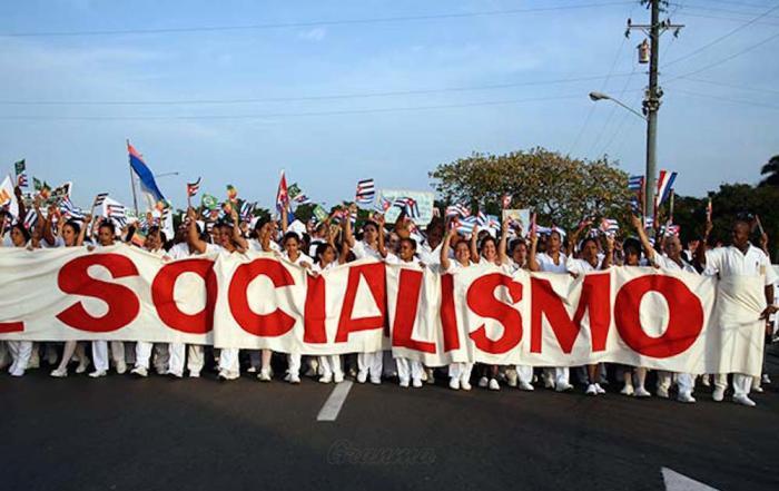 Estamos en el camino que escogimos y defendemos: el socialismo. Foto: archivo de granma