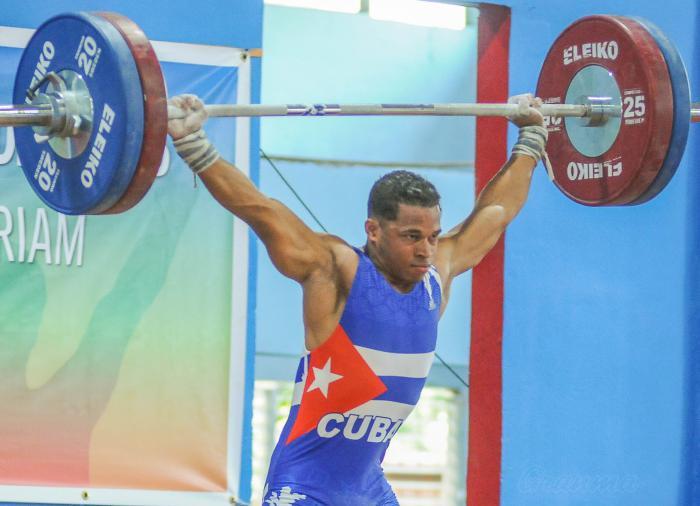 campeonato Panamericano Juvenil de Pesas, en el Inst de Medicina Deportiva, Cerro Pelado, Arley Calderón, integrante equipo Cuba
