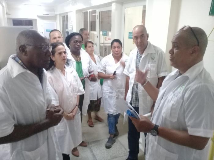 Valdés Mesa visita Laboratorios Centrales de Sanidad Agropecuaria