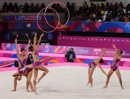 El quinteto de gimnastas, que integran Claudia Arjona, Melissa Kindelán, Tatiana Frómeta, Elaine Rojas y Danay Utrias, realizó una ejecución con bastante limpieza técnica.