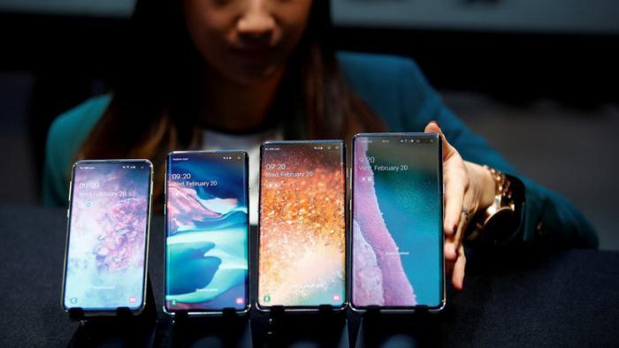 Por segundo año consecutivo, Huawei se llevó el premio al mejor 'smartphone', esta vez, con su modelo P30.