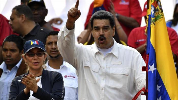 «Claro que hay contacto y seguirá habiendo contacto», reiteró el mandatario venezolano.