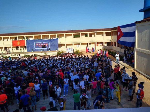 El acto provincial de inicio del curso escolar en Matanzas se realizó en el nuevo complejo educacional de Cárdenas.