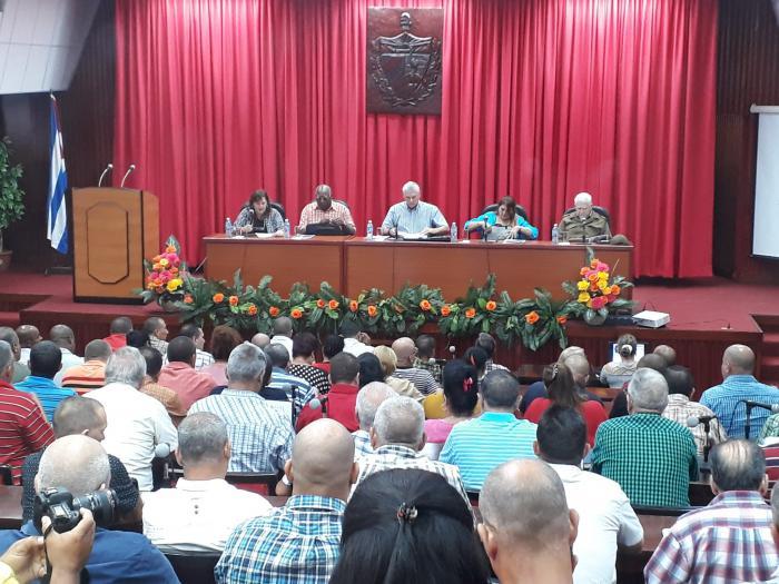 Chequea Díaz-Canel en Sancti Spíritus medidas de ahorro energético