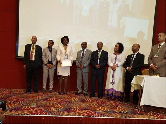 Otorgan a Cuba Premio anual de la Sociedad de Cirugía de Etiopía