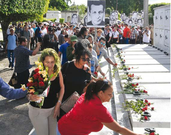 Cada 6 de octubre el pueblo cubano recuerda a las víctimas cubanas fallecidas por el terrorismo de Estado practicado por la cia contra nuestro país.