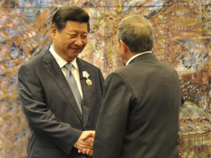 Xi Jinping sends letter to Army General Raul Castro