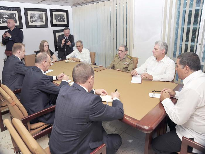 Raúl y Díaz-Canel reciben al Secretario del Consejo de Seguridad de Rusia