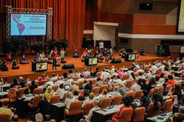 Prosigue en Cuba Encuentro Antimperialista de Solidaridady contra el Neoliberalismo