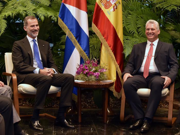 Presidente cubano y Rey de España sostienen conversaciones y encabezan firma de acuerdos bilaterales (+Foto y Tuit)
