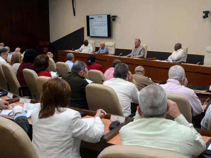 Díaz-Canel en Consejo de Ministros: Nuestro Socialismo está en constante perfeccionamiento