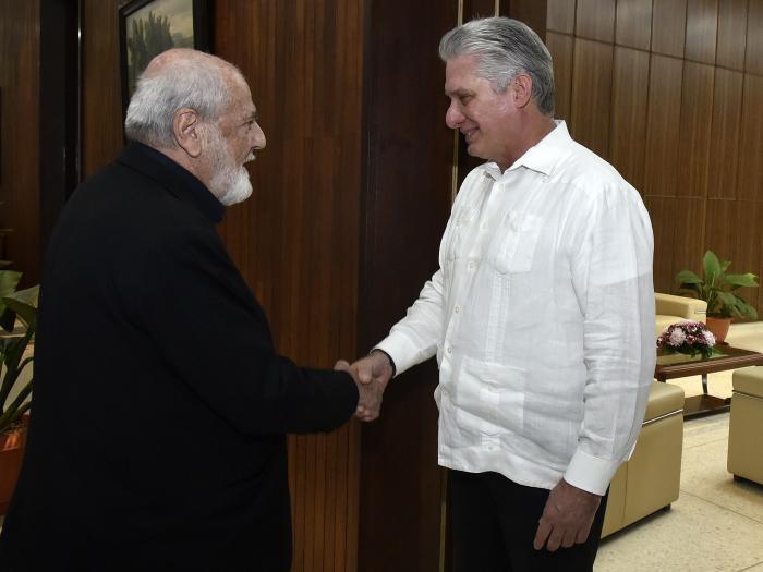 Presidente de Cuba recibe al artista italiano Michelangelo Pistoletto (+Fotos)