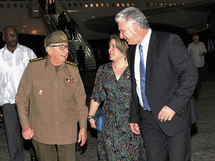 Army General Raul Castro welcomed Diaz-Canel