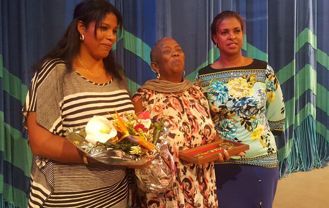 Recibe Fátima Patterson la Llave de la Ciudad de Santiago de Cuba