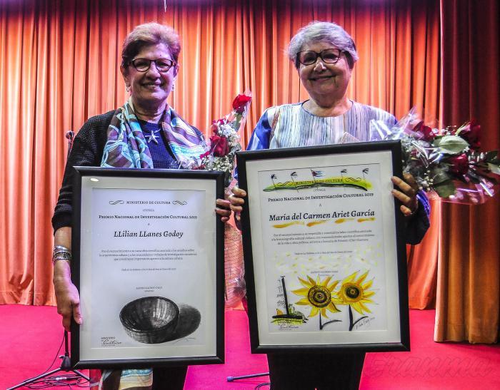 Reconocen en Cuba a ganadoras del Premio Nacional de Investigación Cultural