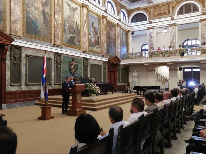 Toman posesión gobernador y vicegobernador de La Habana