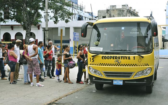 Cooperativas no agropecuaria Taxis ruteros.Foto: Jos M. Correa     06/08/2013Tran2777