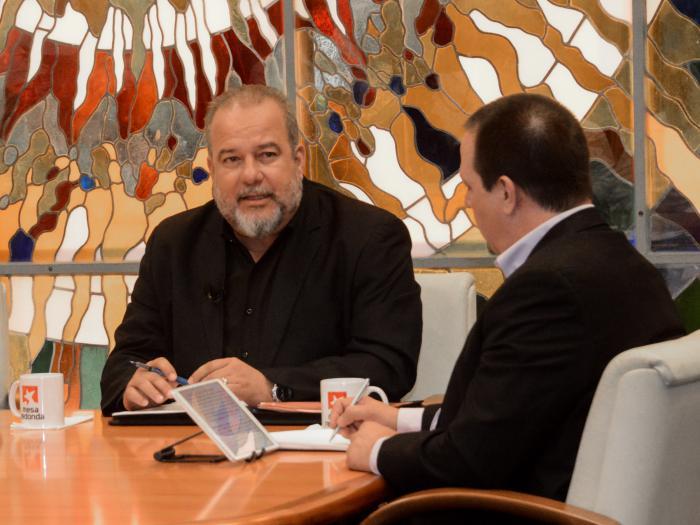 Primer Ministro de Cuba llama a cumplir medidas para prevenir el COVID-19