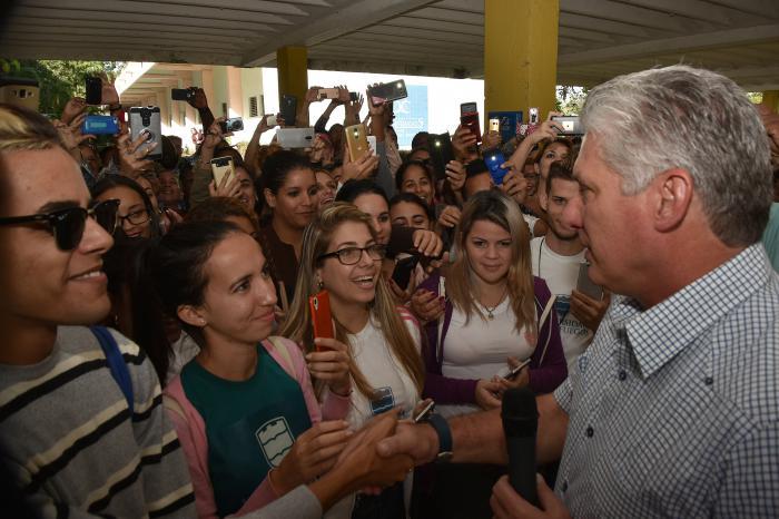 Reconoce Díaz-Canel logros de la Educación Superior cubana en el 2019