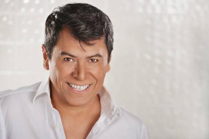 Álvaro Torres ofrecerá concierto benéfico online