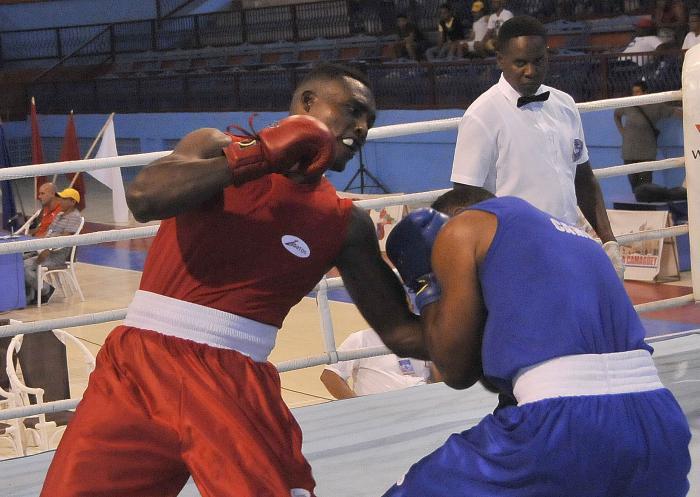 58 Edicion del Torneo Nacional de Boxeo Playa Giron-Camaguey 2019- combate de  91 kg entre  Carlos Frometa de CMG de color azul y Julio Cesar La Cruz de CMG de color rojo y ganador del combate