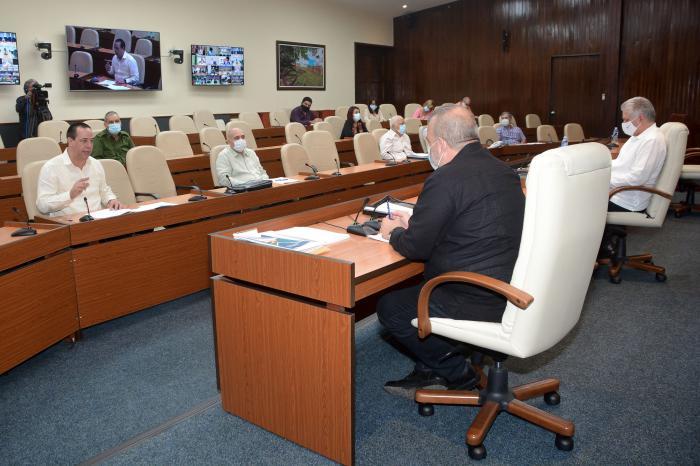 Evalúa Gobierno cubano situación epidemiológica en Pinar del Río