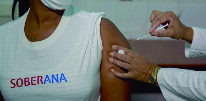 Voluntarios del ensayo clínico Soberana mantienen un perfecto estado de salud