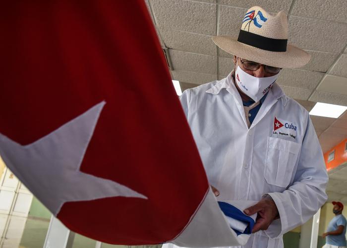 Arribo de la Brigada Henry Reeve que prestaba servicios en Honduras por el Covid-19, en la Terminal 5 del Aeropuerto Internacional José Martí, Boyeros