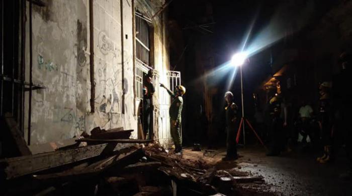 Aclaran información sobre derrumbe en edificio en La Habana