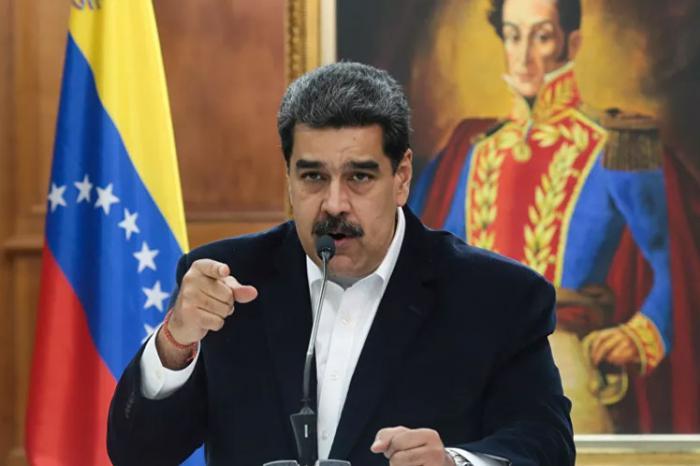 Nicolás Maduro reitera decisión de celebrar las elecciones el 6 de diciembre