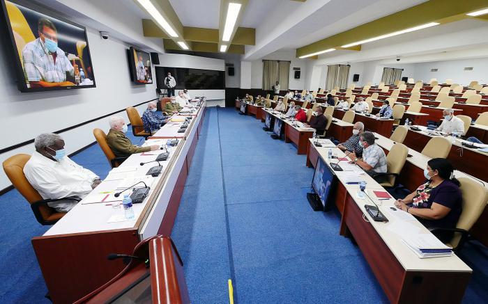 Sesionó reunión del Buró Político del PCC