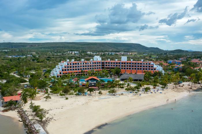 Para hacer efectiva la reapertura al turismo internacional en los primeros días del mes en curso, el hotel  fue sometido a severas evaluaciones  por comisiones de los ministerios de Turismo y de Salud Pública. FOTO: Juan Pablo CARRERAS/acn