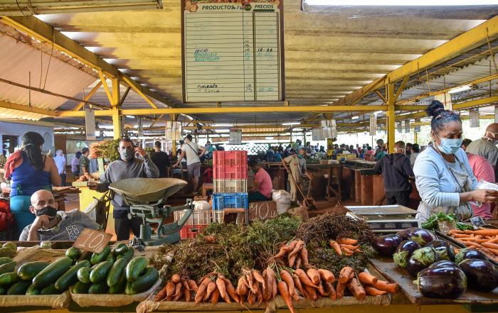 La Tarea Ordenamiento incluye la regulación de los precios de los productos agrícolas